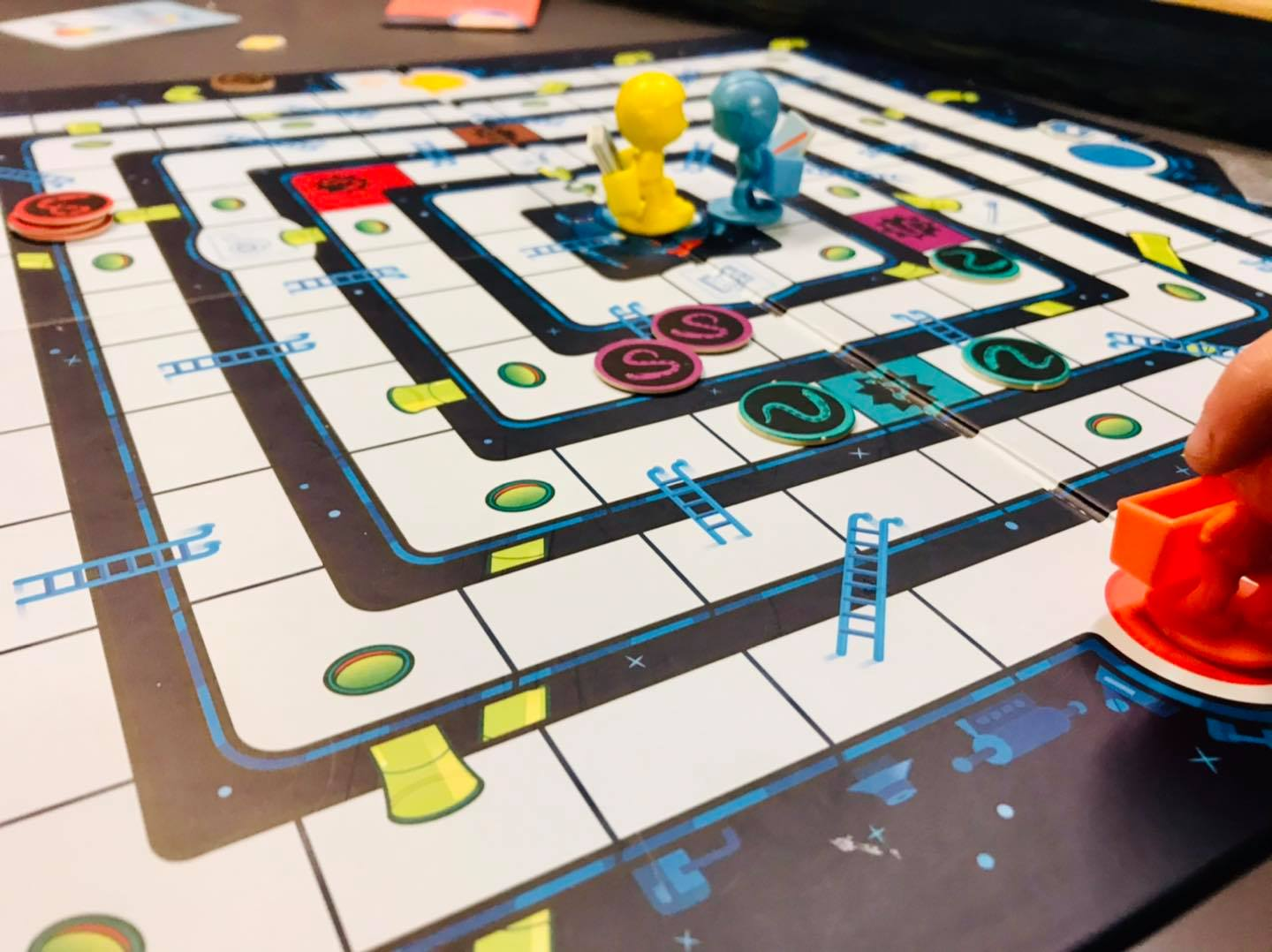 mole rats in space board game at battlehops brewing katy tx board game review
